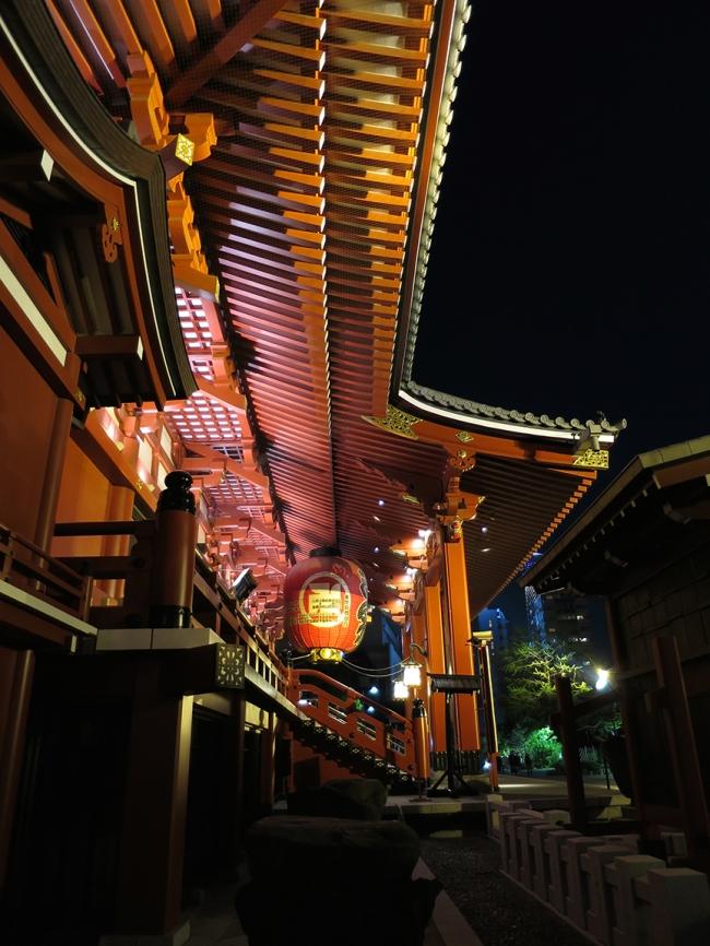 The grand dame of Tokyo temples, Senso-ji