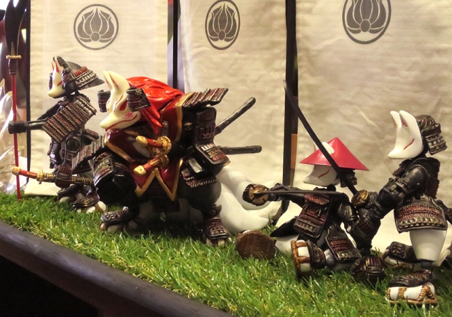 But kitties move over - this was definitely the Year Of The Fox. Check out these awesome fox warrior figures!
