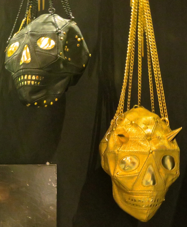 ...or the golden skull purses? (Bonus: they're red inside!) (Yukihiro)
