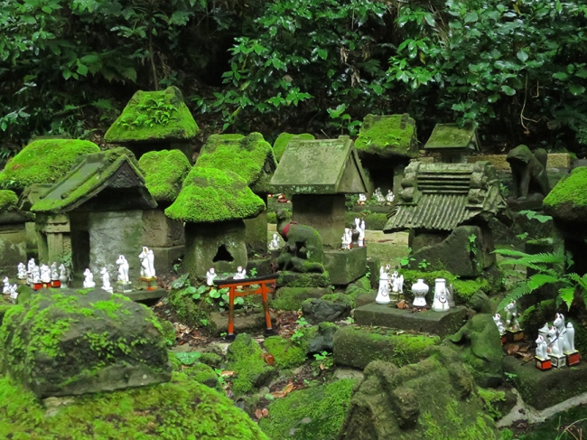 As you can see by the moss covering this little village, the shrine has been attracting pilgrims for a long, long, time.