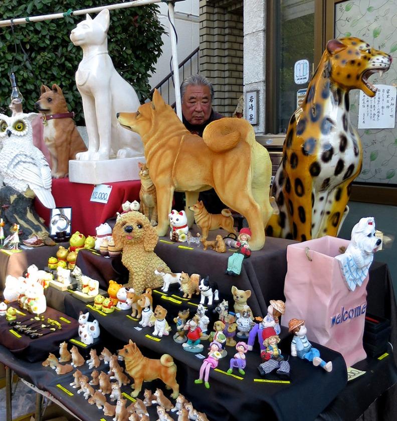 Life-size pet statues