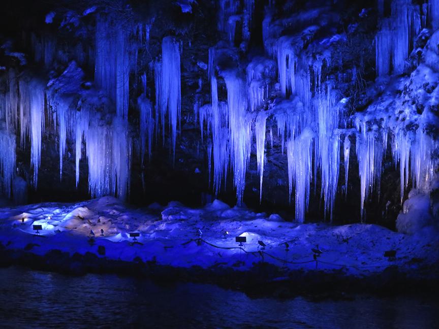 frozenwaterfall7