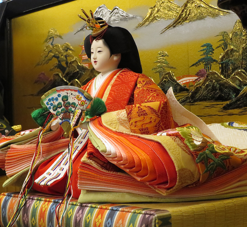 And it's not just the boggling number of dolls that thrill – there are some really gorgeous examples wearing 12-layer court dress kimonos, so you can get a sense of the fashions that rocked the Heian world.