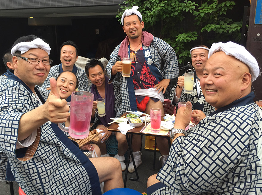 Omikoshi team drinking in Asakusa after the Sanja matsuri
