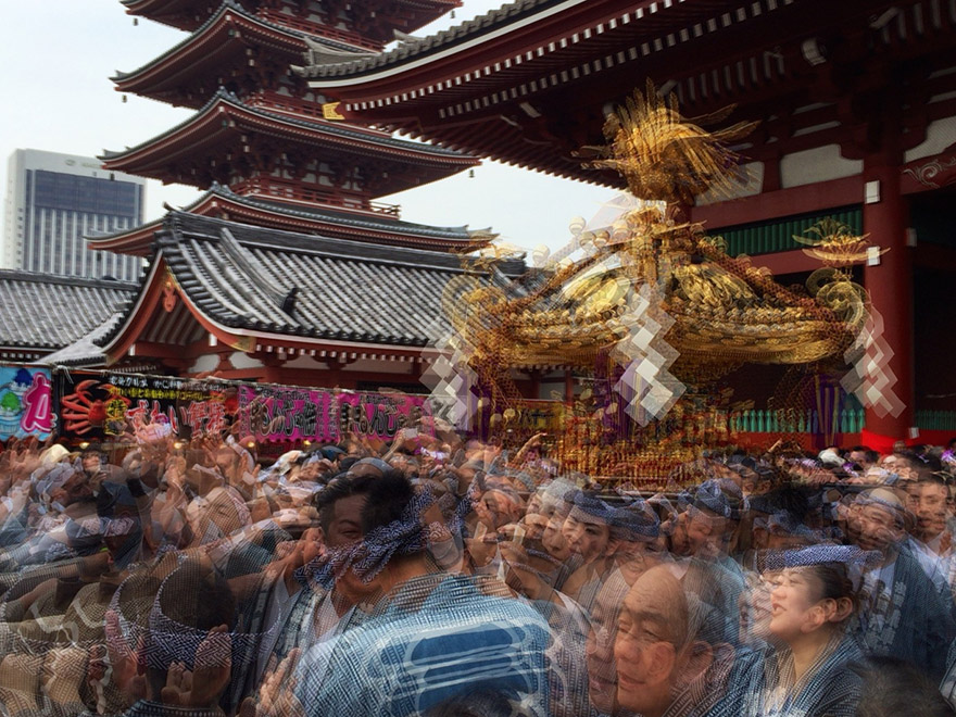 Motion blur photo of omikoshi being carried at Senso-ji temple in Asakusa at the Sanja matsuri