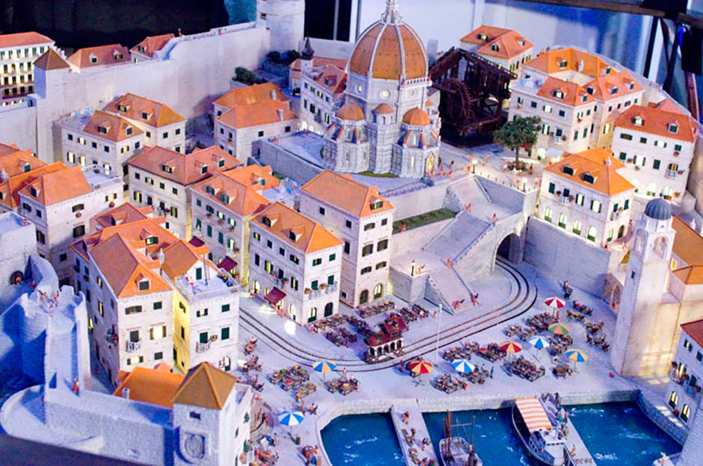 Small Worlds Tokyo Global Village model Italy