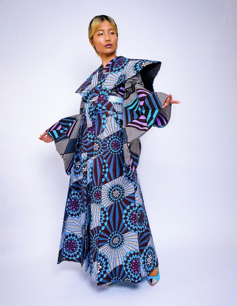Uber Dandy Kimono Nyoni kimono ensemble with samurai hakama